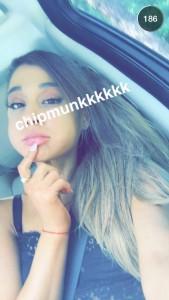 Ariana Grande pour snapchat