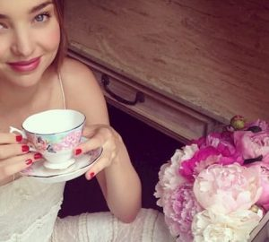 Miranda Kerr x Royal Albert