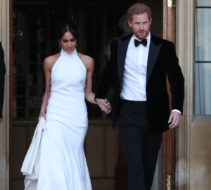Royal Wedding 5 robes Meghan Markle